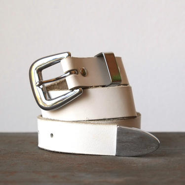 Vintage Streets Ahead 80s White Leather Belt Size Small by circlethesquare