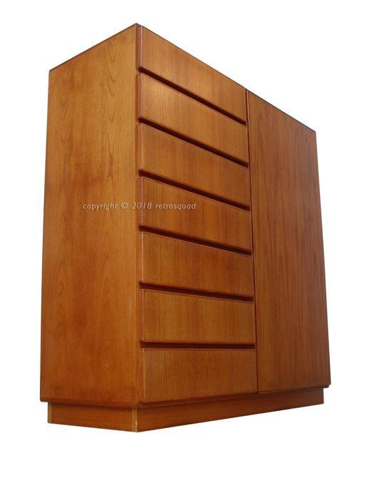 High Quality Danish Modern Teak Gentleman's Chest Dresser Credenza By Komfort = Dyrlund, Torring, Keibaek by RetroSquad