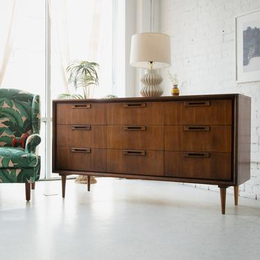 9-Drawer Sleek Dresser
