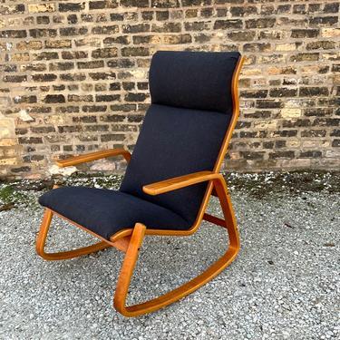 Mid-Century Modern Bent Wood Rocker Rocking Chair Ingmar Relling Westnofa, 1960s