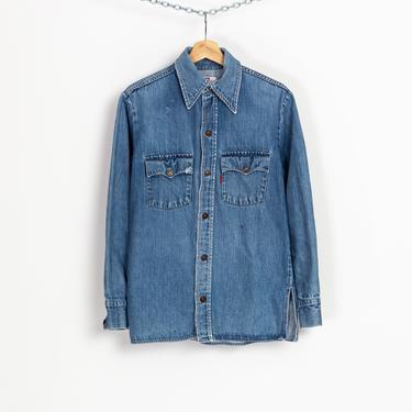 70s Levi's Orange Tab Denim Shirt - Medium   Vintage Cotton Chambray Button Up Western Lightweight Jean Jacket by FlyingAppleVintage