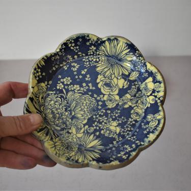 jewlery dish, Smudge dish,  trinket dish, smudge bowl, handmade pottery, woodland gifts by claylicious