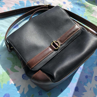 Vintage 90s Liz Claiborne Purse, Faux Leather Shoulder Bag in Black with Brown Details, Button Closure 3 Compartment, Adjustable Strap by AMORVINTAGESHOP