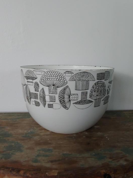 Vintage Finel Arabia Enamel Mushroon Bowl Kaj Franck by ModandOzzie