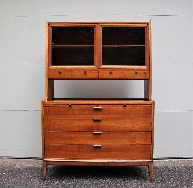 Mid Century Modern China Cabinet Server or Bar by Arthur Umanoff for Cavalier Dimension Group by WrightFindsinMCM
