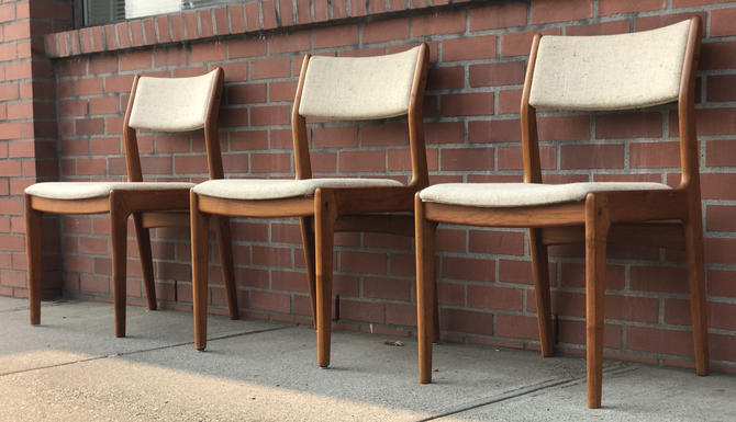 Free Shipping Within US - Set of 3 Vintage Danish Mid Century Modern Chairs by BigWhaleConsignment