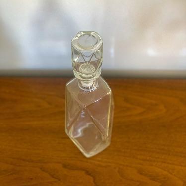 Vintage tall hexagonal decanter by FrankiesVintageTrunk