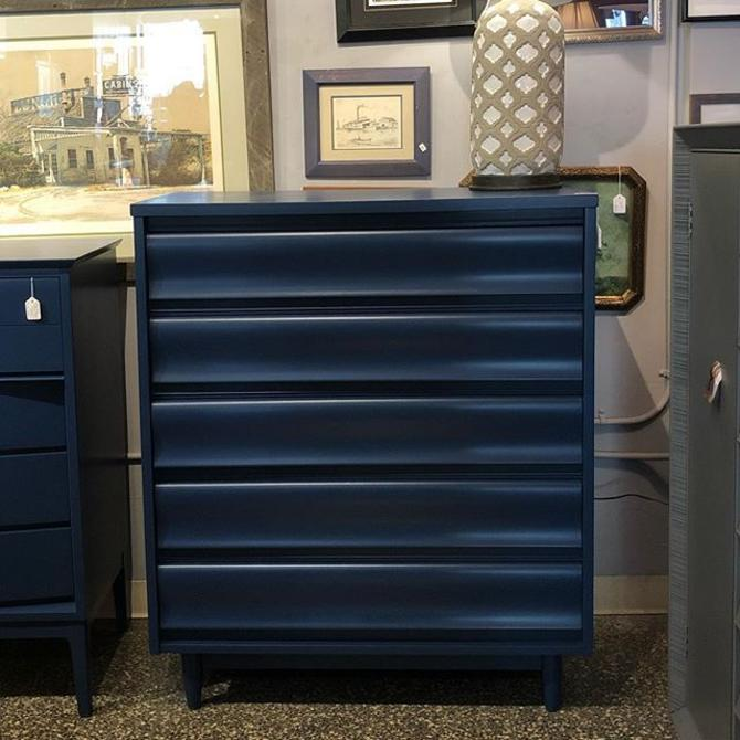 Gorgeous MCM 5 drawer Chest of Drawers