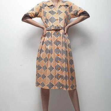 op art print dress 70s does 50s shirtwaist brown orange polka dot diamond pleated MEDIUM M by shoprabbithole