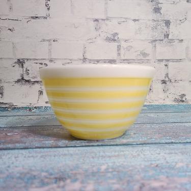 Pyrex Yellow Stripe 401, Vintage Nesting Bowl, Retro Kitsch Kitchen, Yellow Pyrex, Gift For Her, Kitschy Gift, Experienced Pyrex Shipper!!! by BellsAndWhistlesEtc