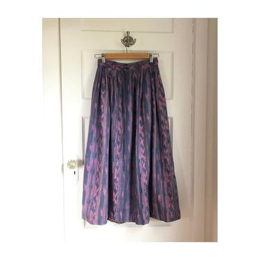 1980s Purple Ikat Pattern Woven Cotton Skirt- size small by VeeVintageShop