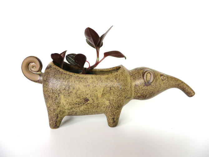 David Stewart Pottery Aardvark Planter Pot Figurine, Lions Valley Stoneware Anteater Large Animal Planter by HerVintageCrush