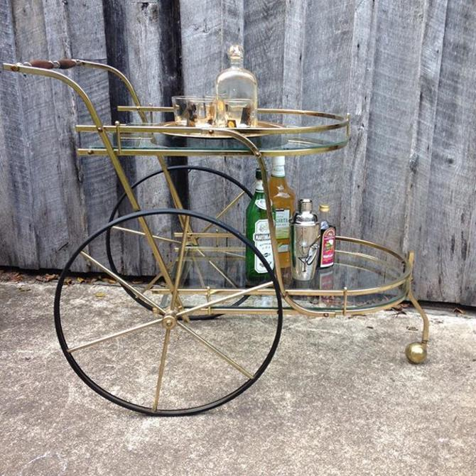 Who says a vintage tea cart won't make an awesome bar cart?! Available only at the Fabulous Finds Fall Barn Sale Oct 24 & 25.  www.fabfinds4you.com #fabfinds4you #vintagefurniture