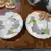 PAIR OF JAPANESE PORCELAIN  PLATES 12.5″ Diam