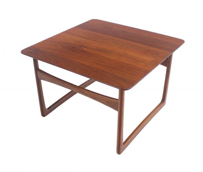 Scandinavian Modern Solid Teak Side / Occassional Table Designed by Peter Hvidt