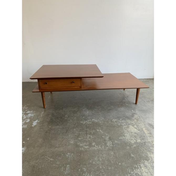 Mid Century Coffee Table by Furniture Guild by VintageOnPoint