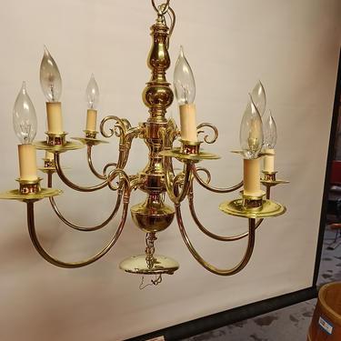 Contemporary Lighting 10 bulb brass chandelier