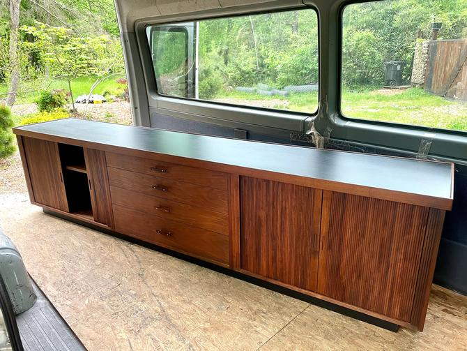 1960s Glenn of California Walnut Credenza Vintage Mid-Century Modern Rare Media Cabinet Center Long by BrainWashington