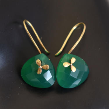 80's sterling vermeil green onyx SGL nautical rigid dangles, faceted chrysoprase gilded 925 silver boat propeller earrings by BetseysBeauties