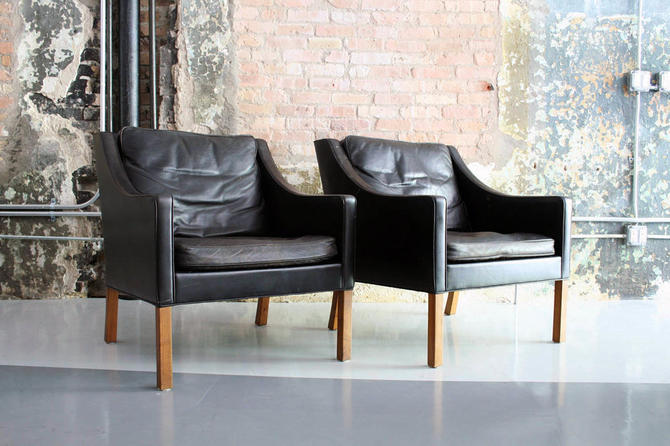 Pair of Leather Lounge Chairs by Børge Mogensen
