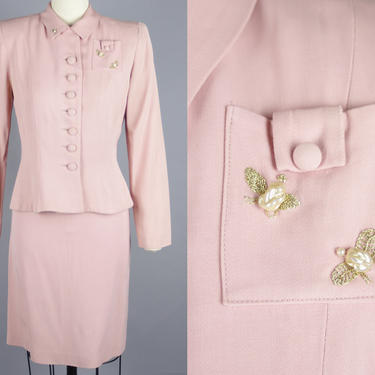 1950s EMBROIDERED BEE Suit   Vintage 40s 50s Pink Gabardine Skirt Suit with Gold & Pearl Bees   xxs by RelicVintageSF