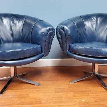 Mid Century Modern Swedish Illum Wikkelsø Style Swivel Pod Chairs Newly Upholstered - Pair