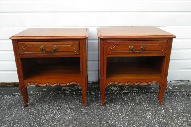 French Cherry Pair of Nightstands Side End Tables by Davis 1651