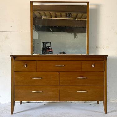 """Mid-Century Modern """"Profile"""" Dresser by Drexel by secondhandstory"""