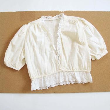 Vintage 1960s Cotton Peasant Top M L - 60s Off White Eyelet Lace Blouse - Puff Sleeve - Cottagecore Romantic Peasant Top - Plunge Neck by MILKTEETHS