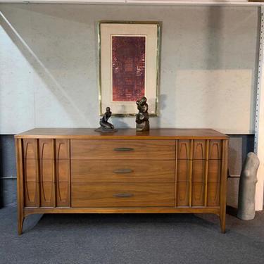 Kent Coffey Townhouse Dresser