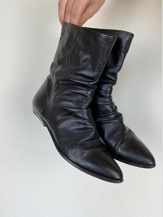 vintage black leather slouchy ankle boots size us 9 by miragevintageseattle