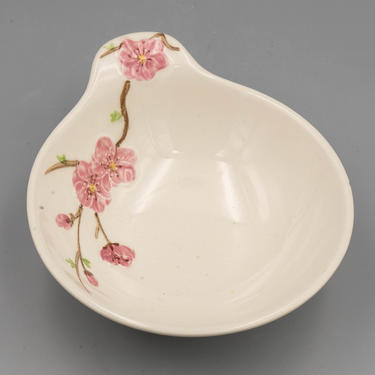 Metlox Poppytrail California Peach Blossom Lugged Soup Bowl | Vintage California Pottery Mid Century Modern Dinnerware by MostlyMidCenturySF