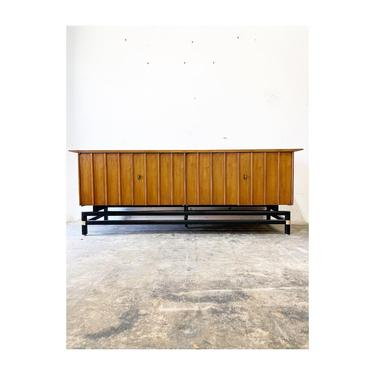 Mid Century Floating Console or Credenza by Hickory Furniture by FlipAtik