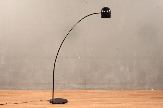 Mod Black Arc Floor Lamp