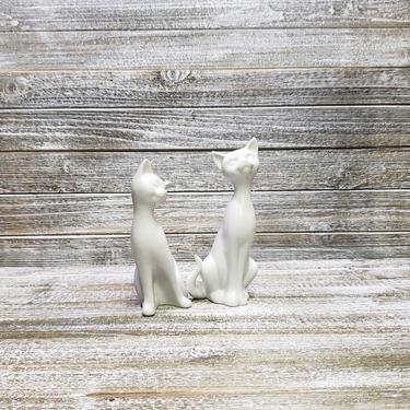Vintage Cat Figurines, OMC Japan Ceramic White Cats, Retro Cat Decor, Tall Sitting Kitty Cats, Cat Lover Collectible, Vintage Home Decor by AGoGoVintage