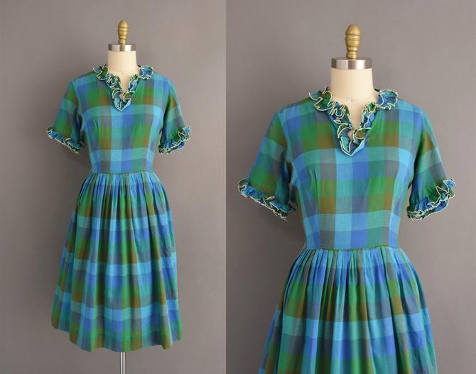 vintage 1950s dress   Colorful Plaid Print Short Sleeve Cotton Summer Shirt Dress   Large   50s vintage dress by simplicityisbliss