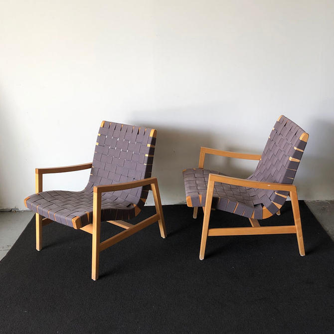HA-19121 Pair of Knoll Jens Risom Lounge Chairs