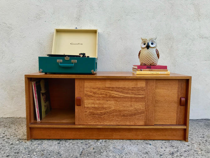 MID CENTURY Modern Credenza/Media Stand/Record Player Stand by HouseCandyLA