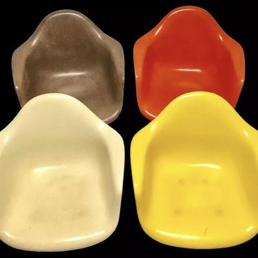 Set of 4 Herman Miller Eames Fiberglass Shells Only Cream Brown Orange Yellow