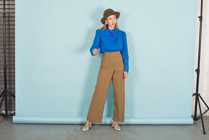 80s Dark Tan Button Pants Vintage Classic Flared Trousers by AppleBranchesVintage