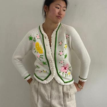 60s hand embroidered butterfly cardigan sweater / vintage white acrylic multicolored hand embroidered daisy raglan cardigan sweater | S by RecapVintageStudio