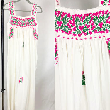 Vintage 1970s White & Pink Mexican Oaxacan Embroidered Dress, Mexican Maxi Dress, Folk Hippie Mexican Frida Kahlo, Size X-Small by MobyDickVintage
