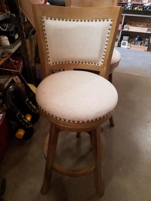 White Upholstered Bar Stool 44x15