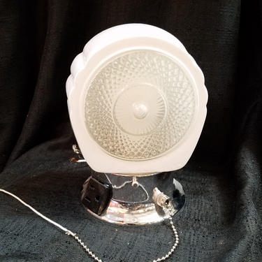 Reproduction Bathroom Sconce With Pull Chain