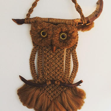Vintage 1960's mid century macrame owl wall hanging by MamaTequilasVintage