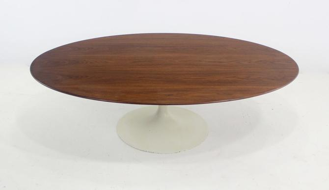 Mid-Century Modern Coffee Table Designed by Eero Saarinen for Knoll