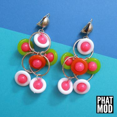 Cool Vintage 80s 90s Neon Green Pink White Beaded Chandelier Drop Earrings by RETMOD