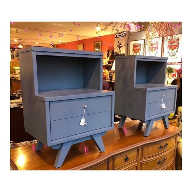 Two Grey MidCentury Modern nightstands //