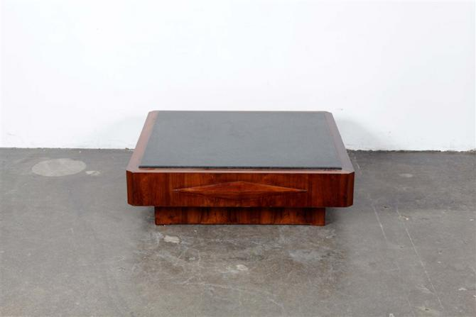 coffee table 1071