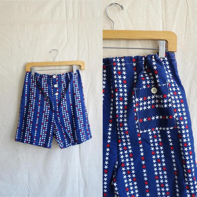 Vintage 60s Star Print Canvas Shorts/ 1960s Americana Red White Blue Drawstring Shorts/Brian MacNeil Size Medium by bottleofbread